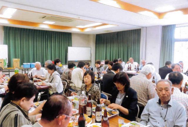 80人が井川さんを肴に楽しんだ