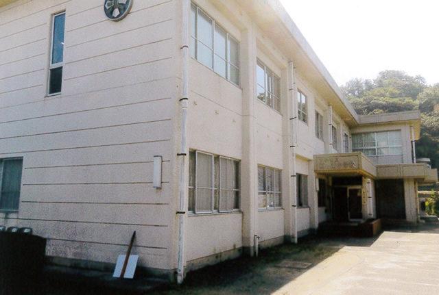 現在の旧江の浦小学校