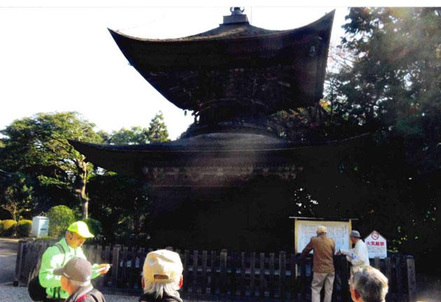 花岡八幡宮内の多宝塔