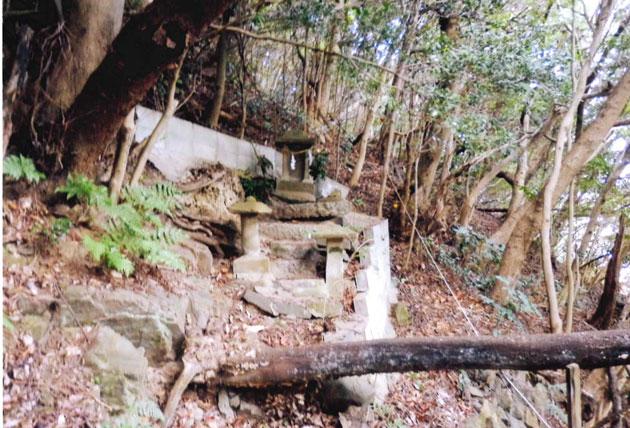 深浦西厳島神社