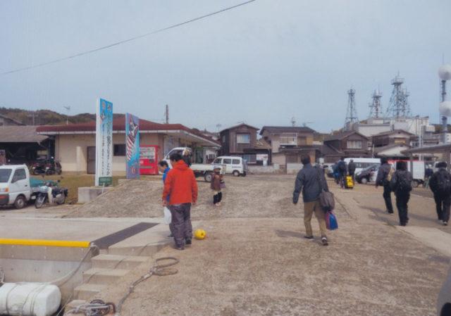 見島 本村港