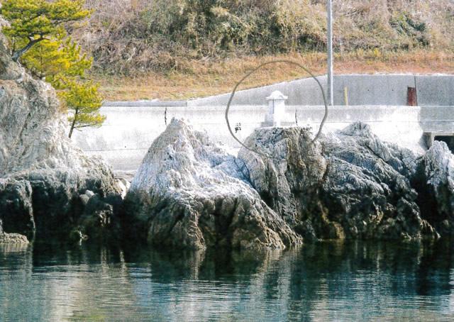恵比寿岩社(落)