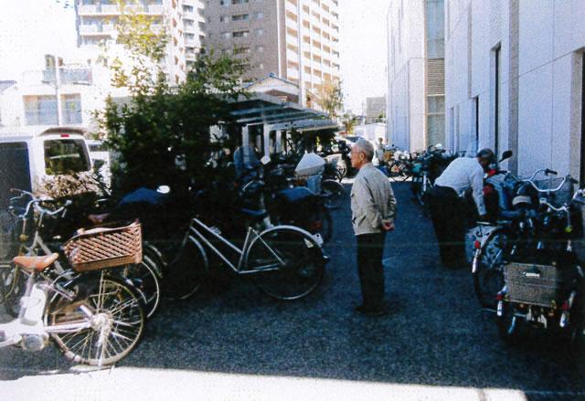 自転車置き場には400台
