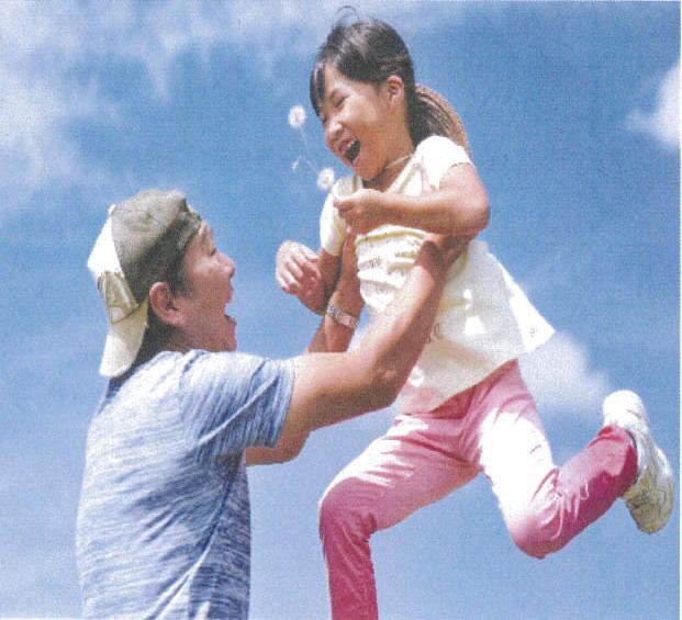 「くだまつ親子の日」普及推進プロジェクト親子賞「タンポポ見つけたよ」