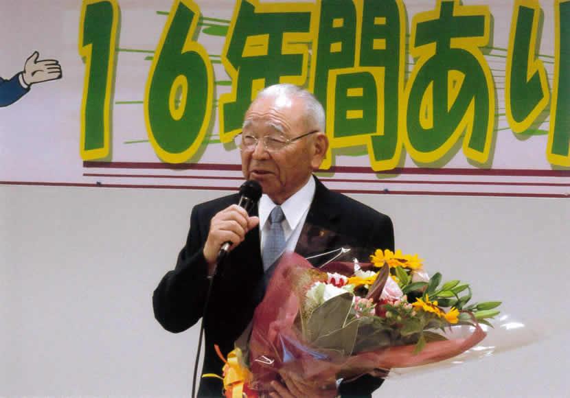 花束が似合う井川さん