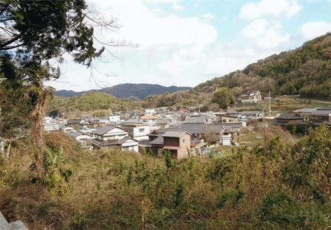 笠戸神社より本浦地区を見る